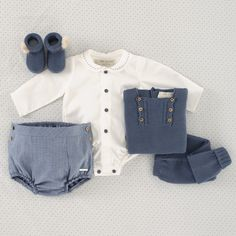 L6201039 Baby F, Baby Kids, Little Boy Fashion, Kids Fashion, Baby Boy Outfits, Kids Outfits, Designer Baby Clothes, Knitted Baby Clothes, Baby Dress