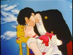 Sailor Moon and Tuxedo Mask...must aways repin sailor moon scenes like this