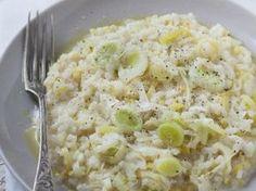poireau, riz, cube de bouillon, vin blanc sec, parmesan râpé, beurre, crême fraîche