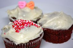 If you are looking for a fun treat this Valentine's Day whip up a batch of red velvet cupcakes | The Happy Housewife