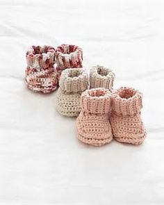 knitnscribble.com: Crochet and knit stay on baby booties free pattern downloads