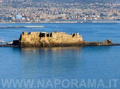 Castel dell'Ovo in una giornata di Febbraio - Naporama - Foto di Napoli