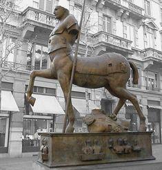 Igor Mitoraj – Centaur