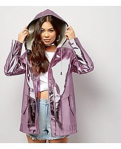 Stand up to the elements in style with New Look's line of women's windbreakers. Shop anorak jackets, rain coats, and more today, with free delivery options. Sparkly Outfits, Fall Outfits, Cute Outfits, Raincoats For Women, Jackets For Women, Clothes For Women, Kpop Fashion Outfits, Womens Fashion, Fashion Trends