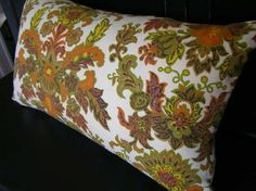 Vintage Wallpaper Print pillow cover