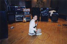 Mark Hoppus - Enema Of The State era Enema Of The State, Tom Delonge, Much Music, Weezer, Blink 182, Gorillaz, Pop Punk, Music Bands, Song Lyrics