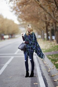 Looks We Love: Blogger Style   Rack It Up