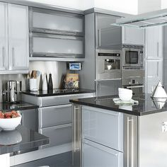Modern kitchen pictures and photos for your next decorating project. Find inspiration from of beautiful living room images Kitchen Units, Kitchen Dining, Kitchen Decor, Kitchen Ideas, Kitchen Renovation Inspiration, Kitchen Inspiration, Galley Kitchens, Kitchen Gallery, Kitchen On A Budget