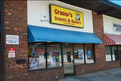 The BEST donuts in High Point can be found right here, ladies and gentlemen. Granny's Donuts is located at 1701 N Main St. #HPMKT
