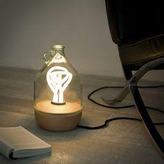 Lámparas de Mesa con Botellas de Vidrio, Accesorios Reciclados, Madera Certificada
