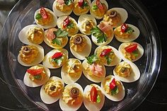 Gefüllte Eier Stuffed eggs, a refined recipe from the cold category. Party Finger Foods, Finger Food Appetizers, Appetizers For Party, Appetizer Recipes, Party Dip Recipes, Snacks Für Party, Easy Snacks, Tapas, Party Buffet