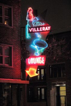 Miss Villeray Lounge neon sign. Old Neon Signs, Vintage Neon Signs, Neon Light Signs, Old Signs, Drive In, Montreal Ville, Of Montreal, Advertising Signs, Vintage Advertisements