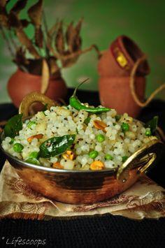 Sabudana (Sago) Khichdi / Tapioca Pearls, Potato and Peas Pilaf