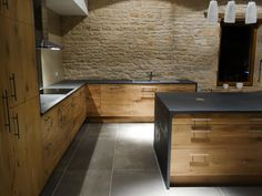 083 - Kitchen finished, time has come . - Renovation of a barn into a house (Gabillou barn) - - Walnut Kitchen, Gold Kitchen, New Kitchen, Kitchen Renovation Design, Kitchen Interior, Cabin Kitchens, Küchen Design, Home Deco, Home Remodeling