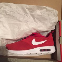 Air Max Tavas Red Suede