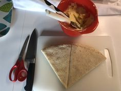 Takkebakst - www.beritsmatblogg.com Plastic Cutting Board, Stromboli, Baking, Vegan, Noodle Salads, Cold, Bakken, Stromboli Pizza, Vegans