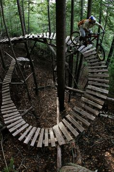 Looks fun but scary - I would probably fall off!