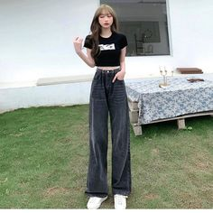 Fashion 101, Korean Fashion, Girl Fashion, Fashion Outfits, Kpop Outfits, Retro Outfits, Stylish Outfits, Korean Outfit Street Styles, Korean Outfits