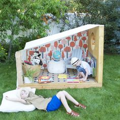 An Outdoor Book Nook for Summer Reading | Mer Mag