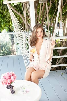 celebmafia.com wp-content uploads 2016 12 miranda-kerr-royal-albert-photoshoot-spring-summer-2016-2.jpg