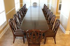 12 Person Dining Table, Table For 12, Dining Chair Set, Dining Room Table, Table And Chairs, Antique Dining Tables, Luxury Dining Room, Elegant Dining, Traditional Furniture