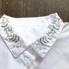 """1,153 Likes, 7 Comments - annas/アンナス (@annastwutea) on Instagram: """"『ワードローブを彩るannasの刺しゅう教室』高橋書店 の中から。襟に刺繍。 服に刺繍といえば、まず思い浮かぶのが襟ですね。 この本では、襟に刺す時のポイントを説明しています✨ ・ ・ #刺繍…"""""""
