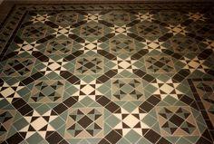 Geometric Victorian Tile design