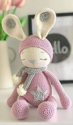 Mesmerizing Crochet an Amigurumi Rabbit Ideas. Lovely Crochet an Amigurumi Rabbit Ideas. Crochet Cat Pattern, Crochet Animal Patterns, Stuffed Animal Patterns, Crochet Patterns Amigurumi, Crochet Dolls, Amigurumi Toys, Free Pattern, Pattern Ideas, Chat Crochet