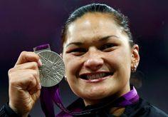 valerie adams Shot Put, Kiwiana, Sports Women, New Zealand, Sleep, Dreams, Woman, Country, Fitness Women