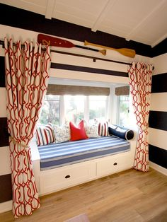 privacy curtain in boys room window seat Modern Bunk Beds, Coastal Bedrooms, Cottage Bedrooms, Rustic Bedrooms, Nautical Home, Nautical Colors, Nautical Bedroom, Bold Colors, Lake Cottage