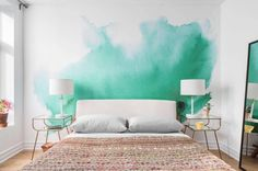 Why every hangout-worthy apartment needs a statement wall – Well+Good