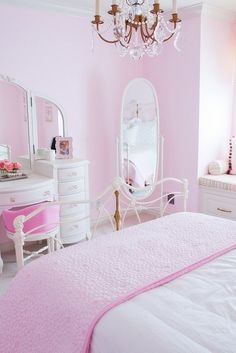 The pink bedroom looks amazing that most of us use the color for the nursery room, girl's room, and others. Read Lovely Pink Bedroom Design Ideas That Inspire You Pink Bedrooms, Shabby Chic Bedrooms, Girls Bedroom, Bedroom Decor, Bedroom Ideas, White Bedroom, Dream Bedroom, Vintage Room, Bedroom Vintage