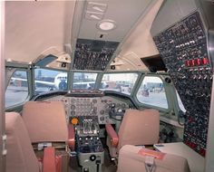 PictionID:44310393 - Title:Convair 880 245-60 TWA cockpit 13Aug60 - Catalog:01_00093472 - Filename:01_00093472.tif - Image donated to SDASM from Convair/General Dynamics-- ---Please Tag these images so that the information can be permanently stored with the digital file.---Repository: San Diego Air and Space Museum