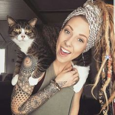 is too much awesome in this pin. Dreads, cat, and tattoos.There is too much awesome in this pin. Dreads, cat, and tattoos. Trendy Tattoos, Popular Tattoos, Sexy Tattoos, Body Art Tattoos, Geometric Sleeve Tattoo, Arm Sleeve Tattoos, Sleeve Tattoos For Women, Full Arm Tattoos, Tattoo Girls
