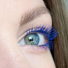 Sephora Collection V For Volume blue mascara. Summer make up inspiration. #talontedlex