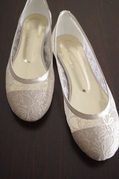 1e669ed4a06b Lace Bridal Flats Wedding POWDER shoes 1006 with my hand-knitted gift