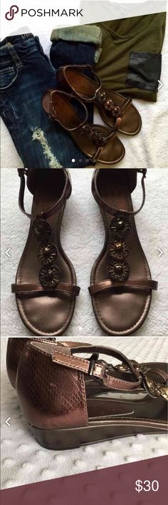 SBICCA wedge sandals I love sandals that are slightly lifted to give you a little height when wearing maxi dresses for the summer. The gem detail is super cute and they are pre worn but in good condition. There are little scuff marks but not very noticeable. Happy poshing ❤️ Sbicca Shoes Sandals