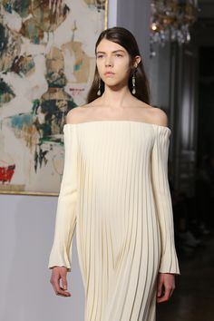 At Valentino, Pierpaolo Piccioli Puts the Couture Back in Paris Haute Couture Week Photos | W Magazine
