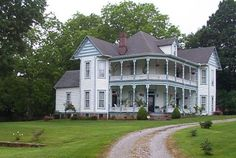 Old Southern home somewhere in TN or GA.