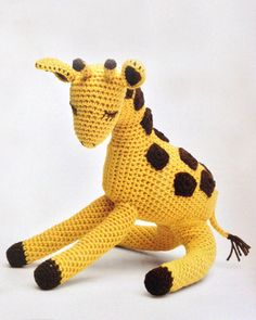 Amigurumi Giraffe from the book Crocheted Wild Animals by Vanessa Mooncie (that's where you'll find the pattern, folks!)