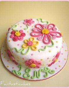 Birthday Cake Flower Decorations #BirthdayCakes http://ift.tt/2mRytCi