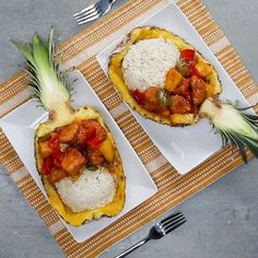 Pineapple Sweet & Sour Chicken Recipe by Tasty Pineapple Chicken Recipes, Best Chicken Recipes, Pineapple Bowl, Sweet Sour Chicken, Cooking Recipes, Healthy Recipes, Marinated Chicken, Stuffed Green Peppers, Food Videos