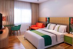 Queen Bed Room at Holiday Inn Express Bali Raya Kuta. For more details: www.holidayinnexpress.com/indonesia or www.holidayinnexpress.com/balirayakuta