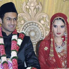 Indian tennis player Sania Mirza and Pakistan cricketer Shoaib Malik