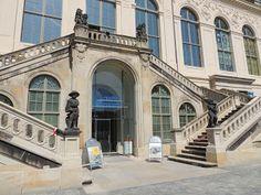 Dresdner-Bauten.de: Treppe Johanneum - aktuell