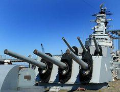 USS Salem (CA-139) - English Uss Salem, Heavy Cruiser, United States Navy, World War Ii, Fighter Jets, English, World War Two, Us Navy, Wwii