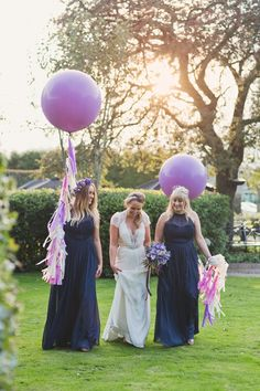 Blue and purple themed wedding | Photography by http://www.cottoncandyweddings.co.uk/