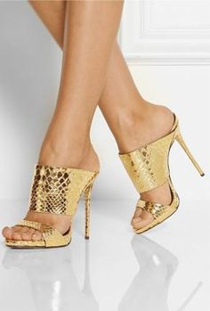 17 looks with Giuseppe Zanotti Shoes Hot Shoes, Crazy Shoes, Women's Shoes, Me Too Shoes, Shoe Boots, Pumps, Stilettos, Stiletto Heels, Snakeskin Heels