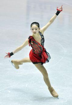 Zijun Li Photo - ISU World Team Trophy: Day 1