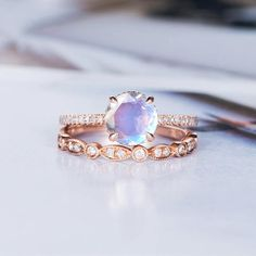 Moonstone Engagement Ring Sets Bridal Sets Art Deco Wedding Rose Gold Bridal Ring Diamond Stacking Half Eternity Promise Leaf Ring Rainbow Product Introduction *Set in solid 14k Rose Gold *Weight:2.2g Main stone** *Type: Moonstone *Size:6 mm Side Stone** *Type:Diamond *Weight:0.13 Carat